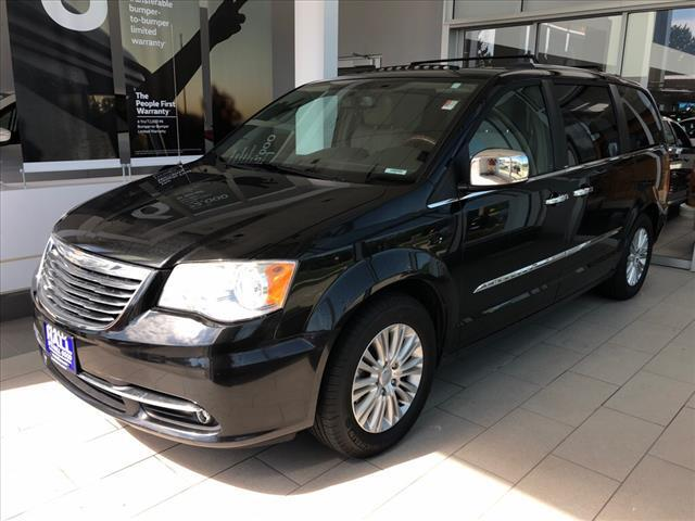 2012 Chrysler Town & Country 4DR WGN LIMITED Brookfield WI