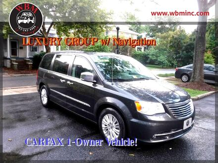 2012_Chrysler_Town & Country_Limited_ Arlington VA