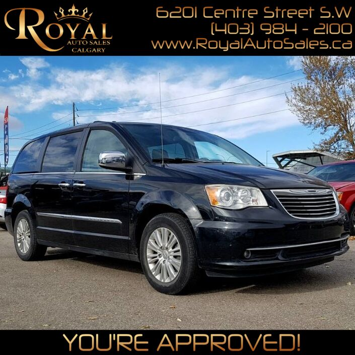 2012 Chrysler Town & Country Limited Calgary AB