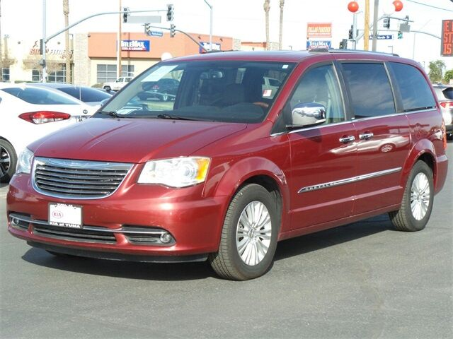 2012 Chrysler Town & Country Limited Yuma AZ