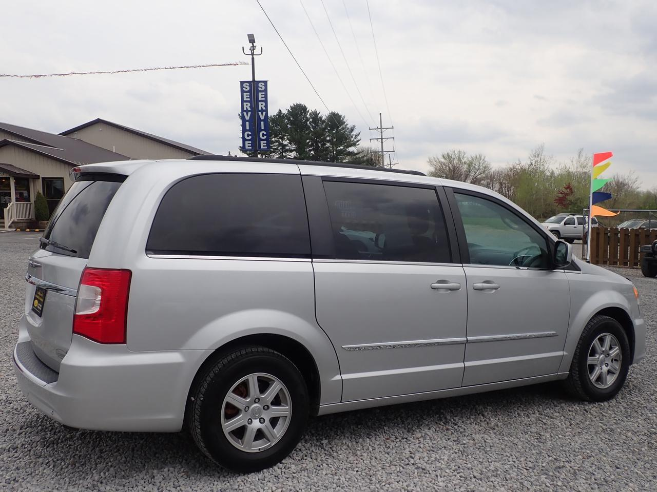 2012 Chrysler Town & Country Touring 7 Passenger Cranberry PA