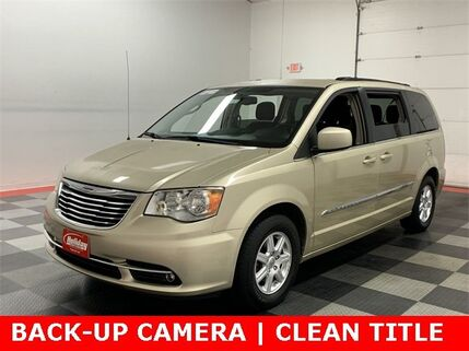 2012_Chrysler_Town & Country_Touring_ Fond du Lac WI