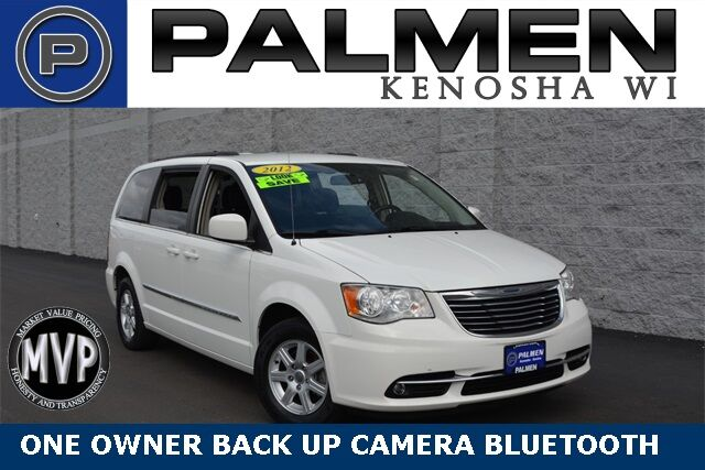 2012 Chrysler Town & Country Touring Kenosha WI