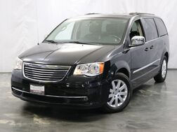 2012_Chrysler_Town & Country_Touring-L_ Addison IL