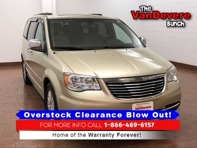 2012 Chrysler Town & Country Touring-L Akron OH