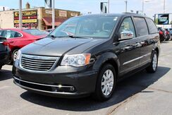 2012_Chrysler_Town & Country_Touring-L_ Fort Wayne Auburn and Kendallville IN