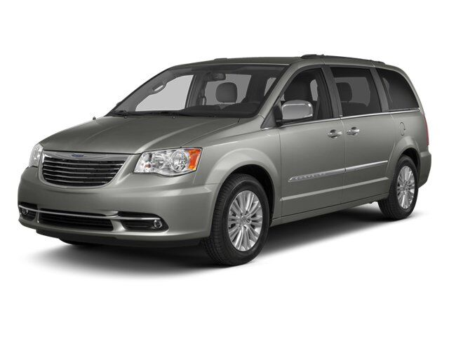 2012 Chrysler Town & Country Touring-L Irvine CA