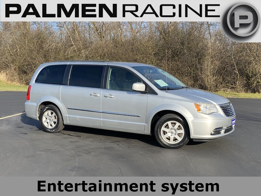 2012 Chrysler Town & Country Touring Racine WI