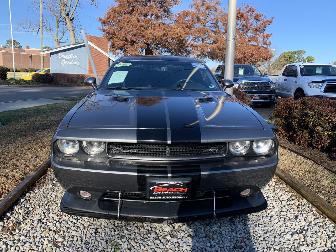 2012 DODGE CHALLENGER SRT8 392, WARRANTY, MANUAL,LEATHER, SUNROOF, NAVIGATION, HEATED SEATS, BACKUP CAM, BLUETOOTH! Norfolk VA