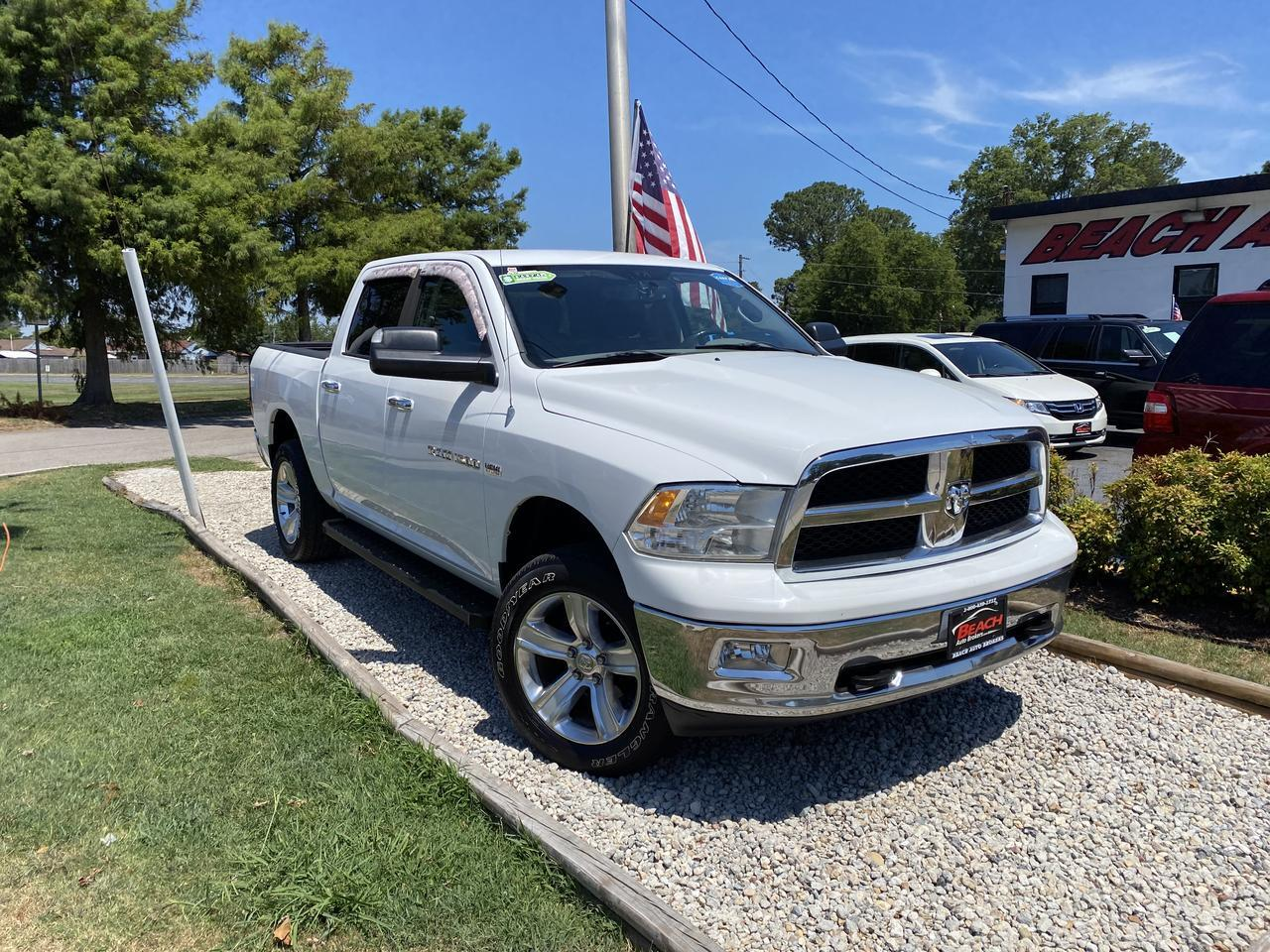 2012 DODGE RAM 1500 BIG HORN CREW CAB 4X4, WARRANTY, RUNNING BOARDS, TOW PKG, A/C, CLEAN CARFAX!