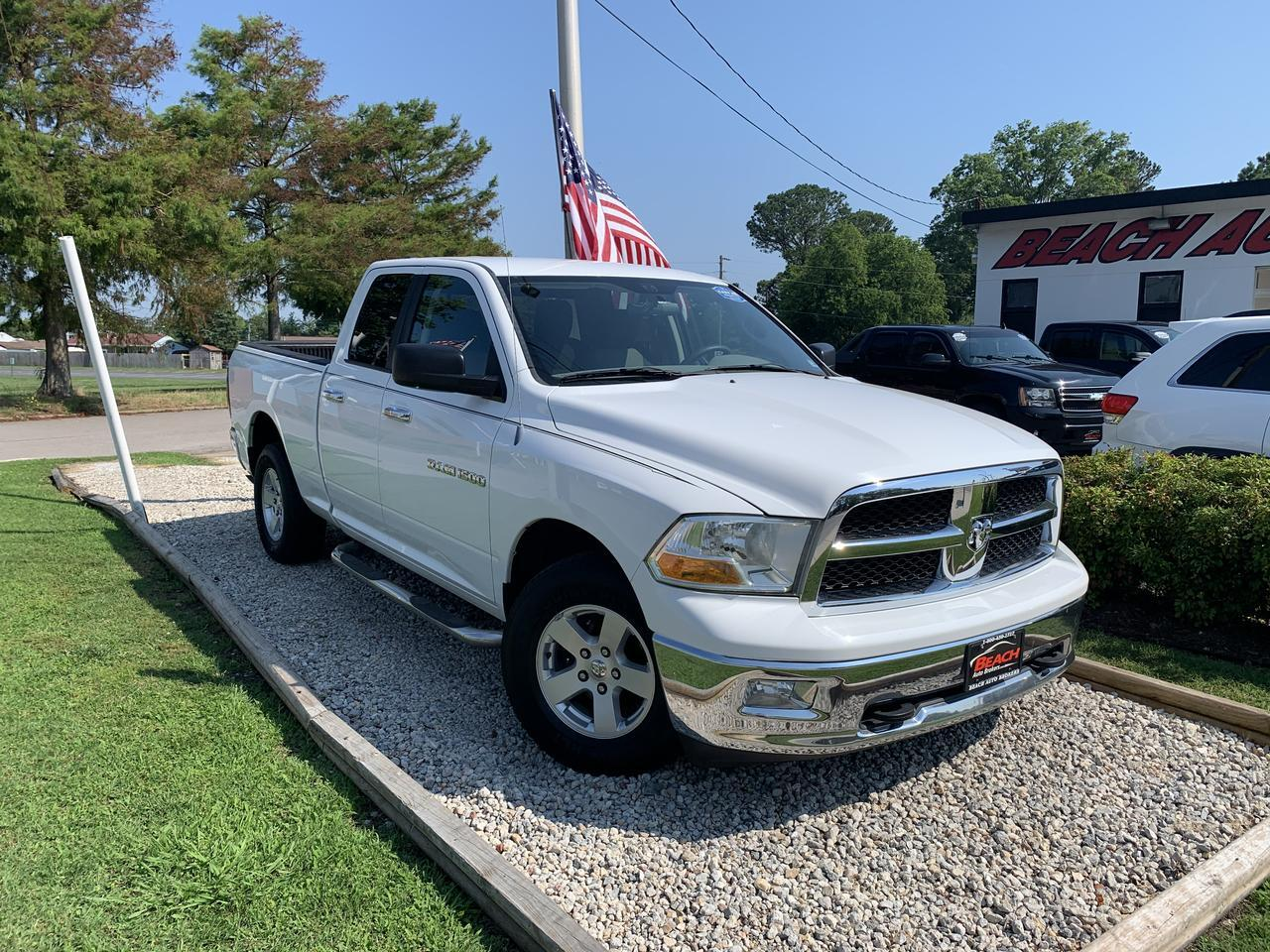 2012 DODGE RAM SLT QUAD CAB 4X4, WARRANTY, RUNNING BOARDS, SIRIUS RADIO, AUX PORT, CLEAN CARFAX! Norfolk VA