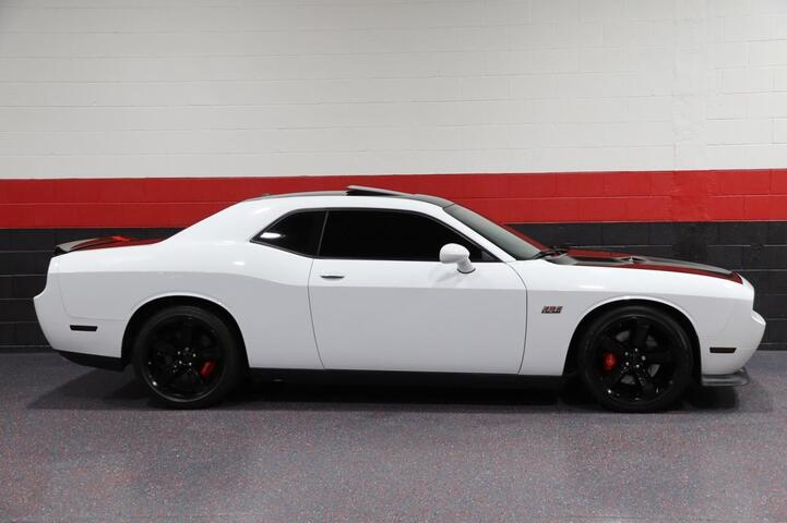 2012 Dodge Challenger SRT8 392 6-Speed Manual 2dr Coupe Chicago IL