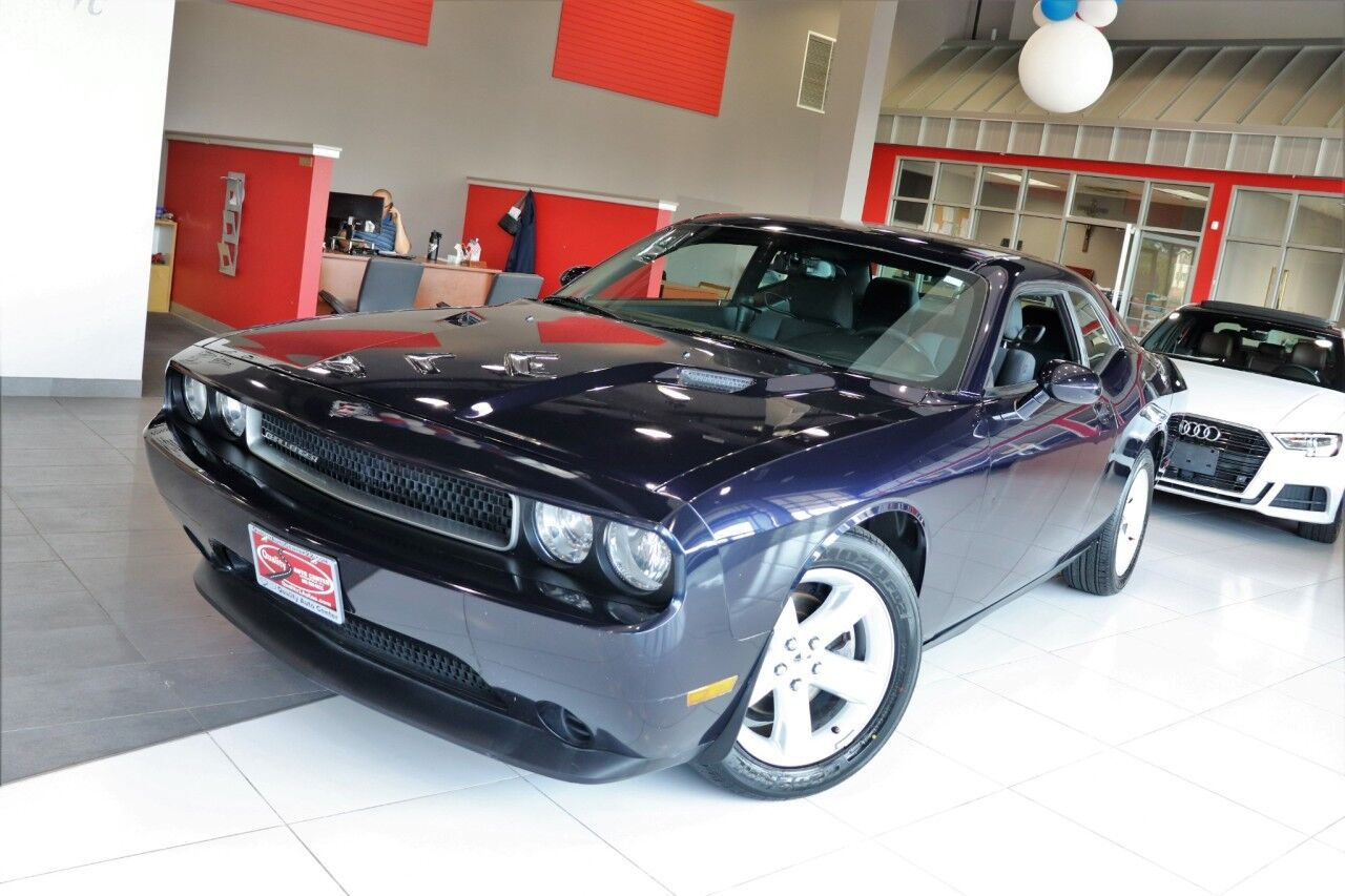 2012 Dodge Challenger SXT Sound Group Preferred Package Blue tooth Springfield NJ