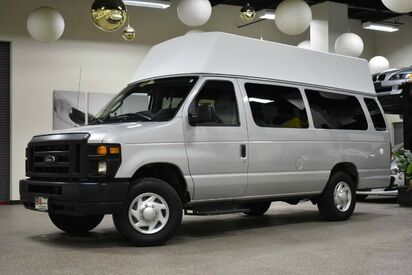 2012_Ford_Econoline E-350_Super Duty Wheelchair van_ Boston MA
