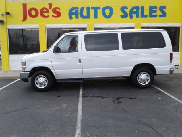 2012 Ford Econoline E-350 XLT Super Duty Indianapolis IN