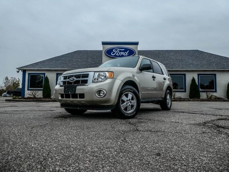 2012 Ford Escape XLT- LOW KM Essex ON