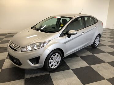 2012_Ford_Fiesta_S_ Chattanooga TN