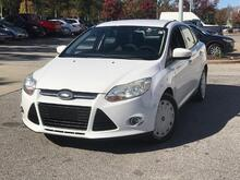 2012_Ford_Focus_4dr Sdn SE_ Cary NC