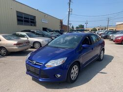 2012_Ford_Focus_SE_ Cleveland OH