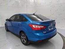 2012_Ford_Focus_SE Sedan_ Dallas TX