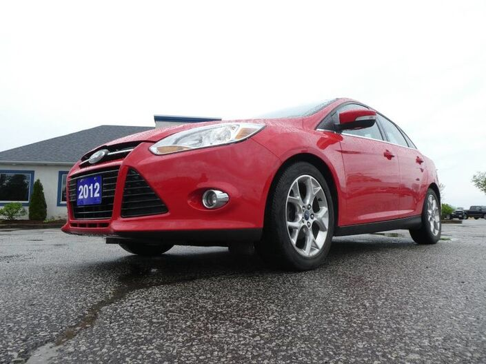2012 Ford Focus SEL- LEATHER- SUNROOF- BLUETOOTH- LOW KM Essex ON