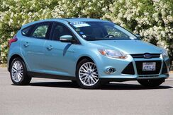 2012_Ford_Focus_SEL_ California
