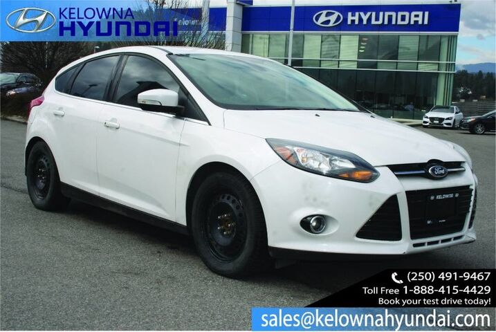 2012 Ford Focus Titanium No accident!! 2 sets of tires,Leather. Kelowna BC