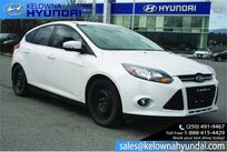 Ford Focus Titanium No accident!! 2 sets of tires,Leather. 2012