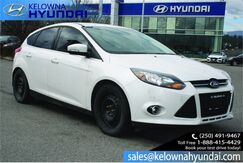 2012_Ford_Focus_Titanium No accidents!! 2 sets of tires,Leather._ Kelowna BC
