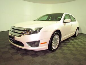 2012_Ford_Fusion Hybrid_Base_ Wakefield RI