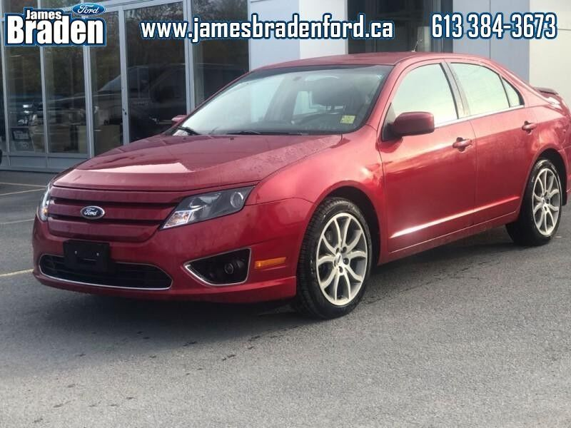 2012 Ford Fusion SE  - LOCAL - ONE OWNER -
