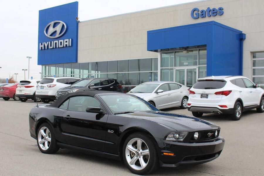 2012 Ford Mustang 2dr Conv Gt Premium Richmond And Serving