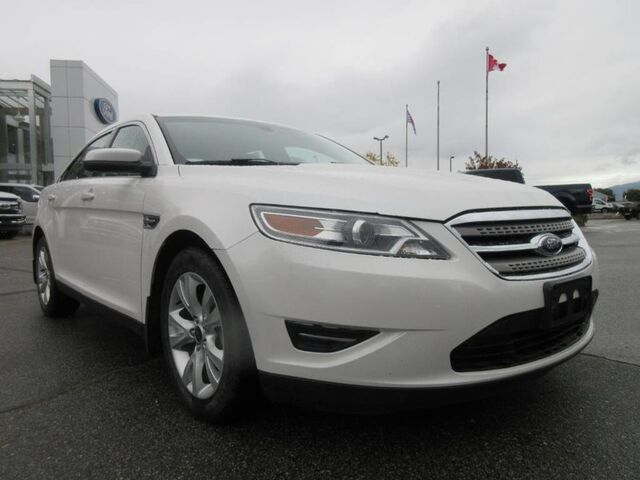 2012 Ford Taurus LOW KMS LOCAL CAR Penticton BC