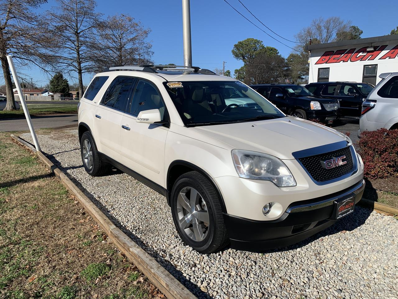 2012 GMC ACADIA SLT1, WARRANTY, LEATHER, 3RD ROW, SUNROOF, CAPTAIN'S CHAIRS, BACKUP CAM, SUNROOF, HEATED SEATS! Norfolk VA