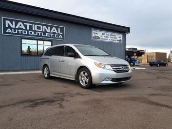 Honda Odyssey Touring - NAVIGATION, POWER SIDE DOORS, HEATED LEATHER Lethbridge AB