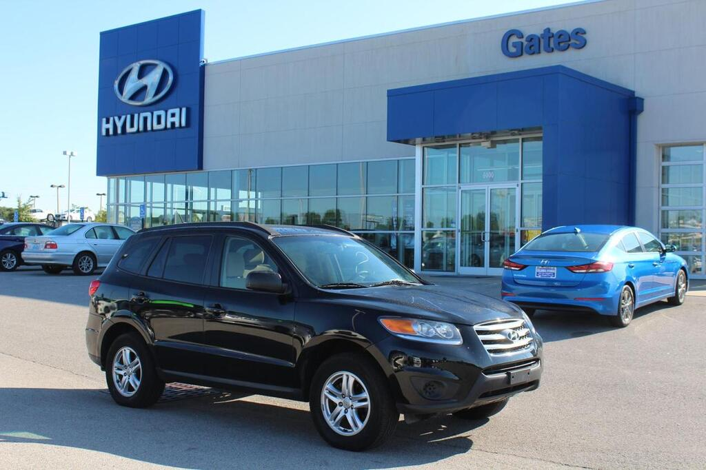 2012 Hyundai Santa Fe GLS-All Wheel Drive-I4 w/Bluetooth