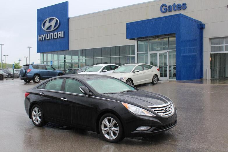 2012 Hyundai Sonata 4dr Sdn 2.4L Auto Limited w/Wine In Richmond KY