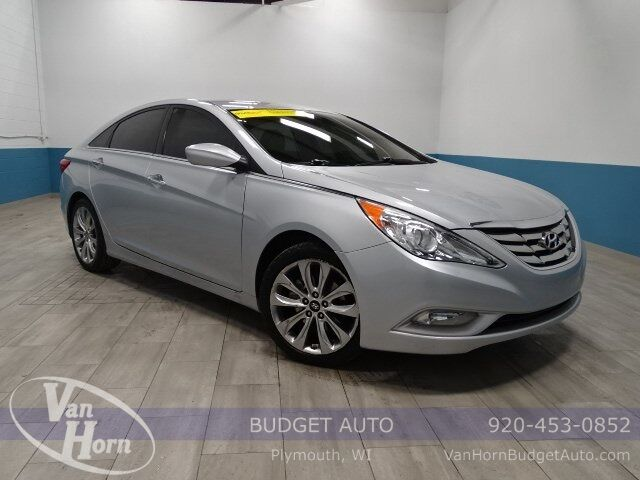 2012 Hyundai Sonata SE Plymouth WI