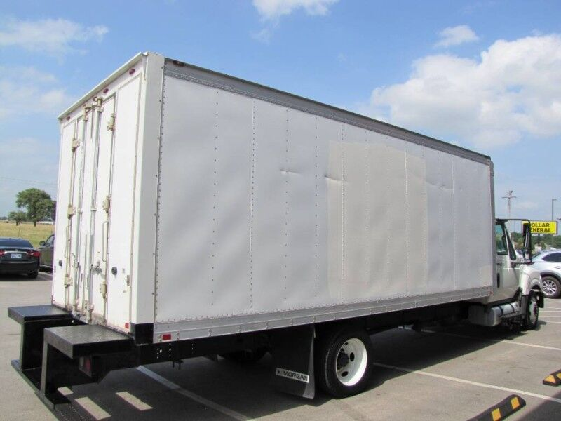 2012 INTERNATIONAL TERRASTAR Box Truck Collinsville OK