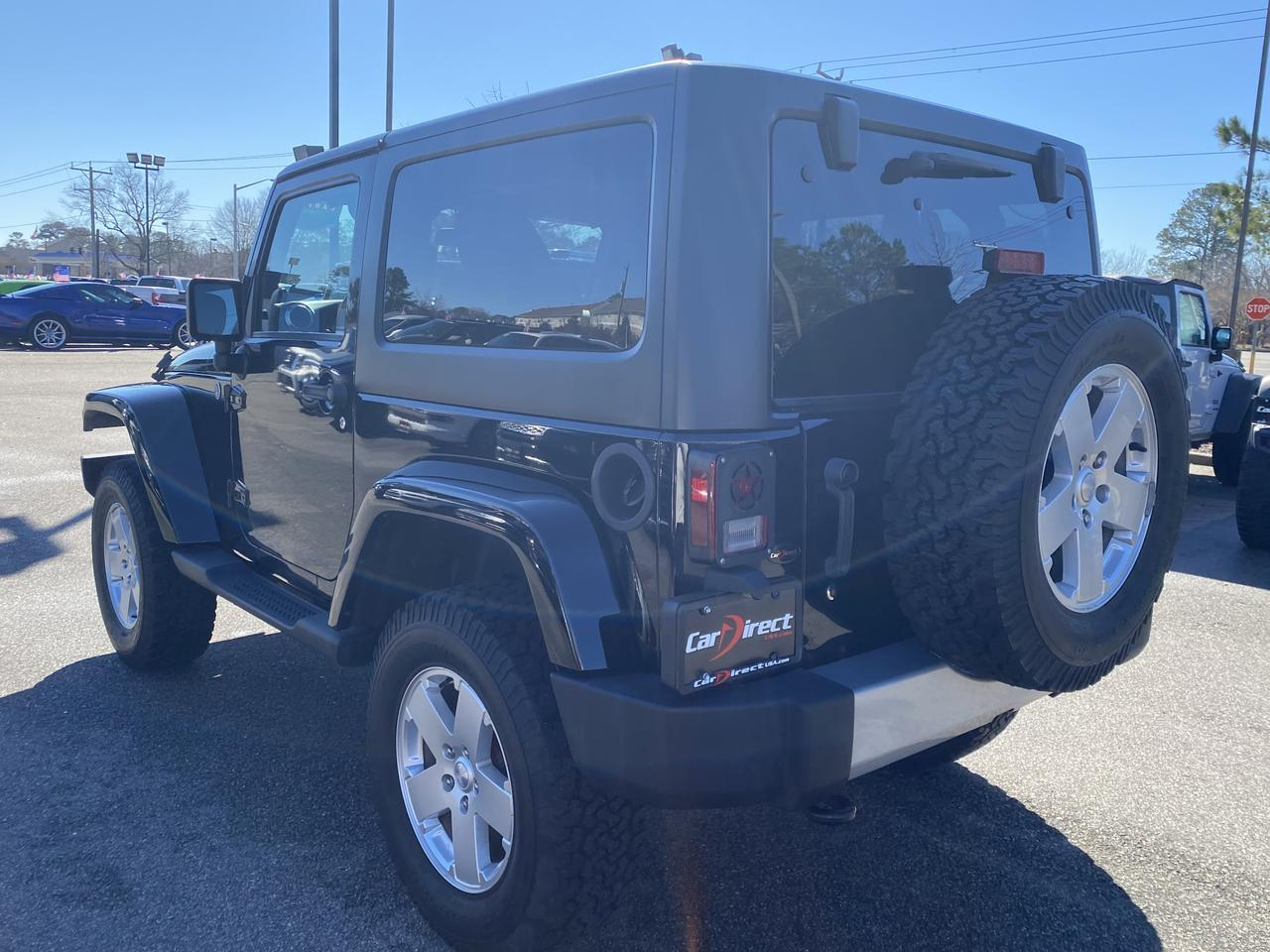 2012 JEEP WRANGLER SAHARA 4X4, DVD ENTERTAINMENT, NAVIGATION, HARD TOP, RUNNING BOARDS, VERY CLEAN,  ONLY 62K MILES! Virginia Beach VA