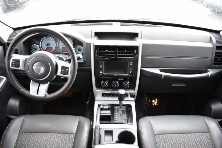 2012 Jeep Liberty 4WD Sport Latitude ARCTIC Edition Bend OR