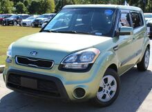 2012_Kia_Soul_w/ SATELLITE & USB CONNECTOR_ Lilburn GA