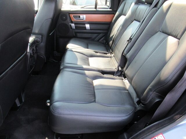 2012 Land Rover LR4 4WD LUX Bend OR