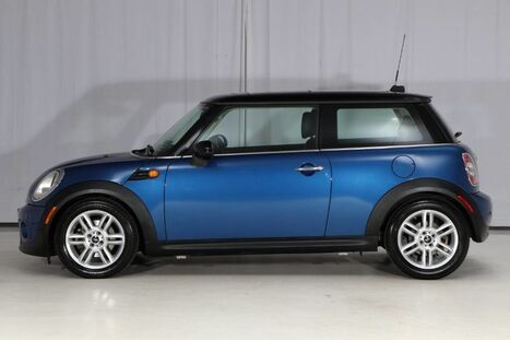 2012_MINI_Cooper Hardtop_6 Speed Manual_ West Chester PA