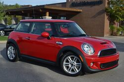MINI Cooper Hardtop S/Local 1 Owner Trade/Like New/Low Miles/Panoramic Sunroof/Heated Seats/Bluetooth/Aux&USB Inputs/35 MPG/So Much Fun To Drive! 2012