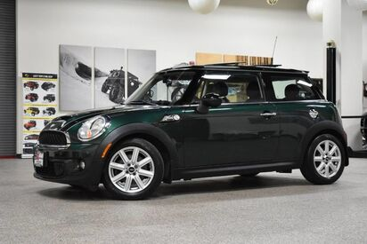 2012_MINI_Cooper_S_ Boston MA