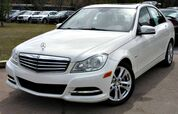 2012 Mercedes-Benz C250 w/ LEATHER SEATS & SUNROOF