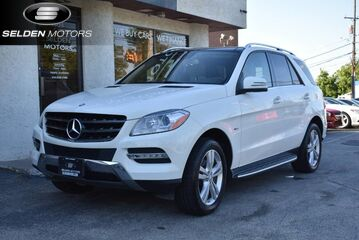 2012_Mercedes-Benz_ML350 4 Matic Bluetec_ML350_ Conshohocken PA