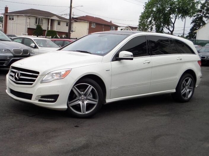 2012 Mercedes-Benz R350 4-Matic Navigation/ DVD Elmont NY