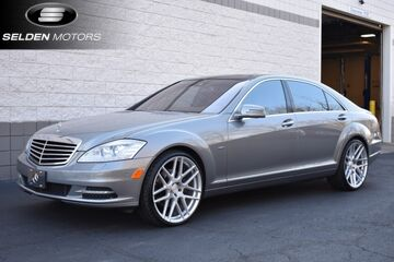 2012_Mercedes-Benz_S550_4Matic_ Willow Grove PA